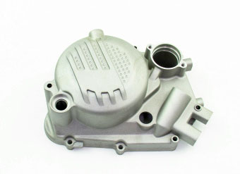 Крышка двигателя правая W190