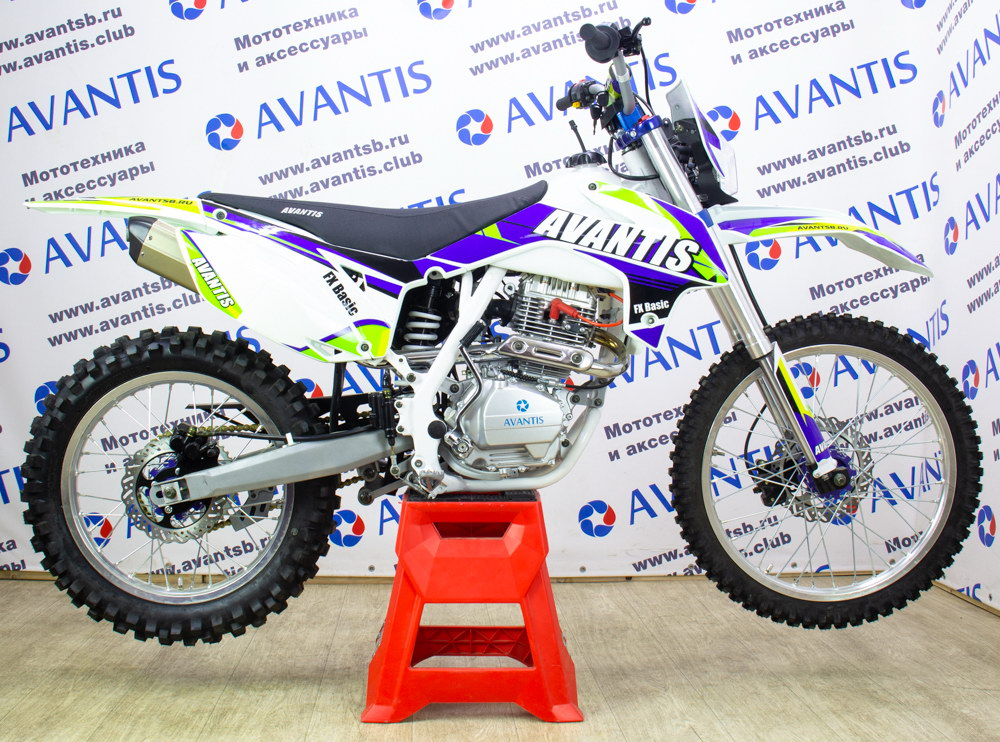 Мотоцикл Avantis FX 250 Basic с ПТС